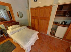 Twin Room - Kloof B&B